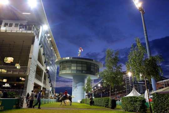 Die prestigeträchtigsten Preise der Welt werden in den außergewöhnlichsten Stadien ausgetragen, zum Beispiel im Hauptstadion.