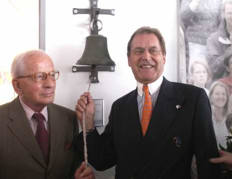 In 2007, one of the most successful show jumpers of all time, Hans Günter Winkler and ALRV-President consul Klaus Peter Pavel opened the CHIO Aachen-Museum.