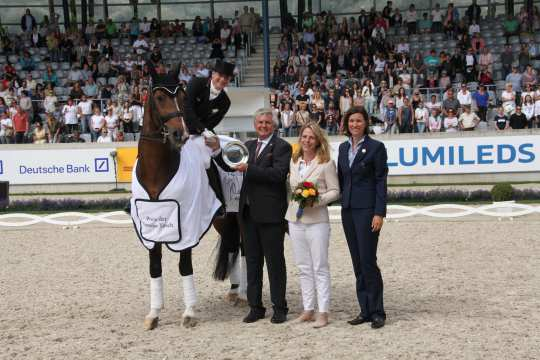 Prize giving ceremony Prize of Family Tesch Photo: CHIO Aachen / Michael Strauch