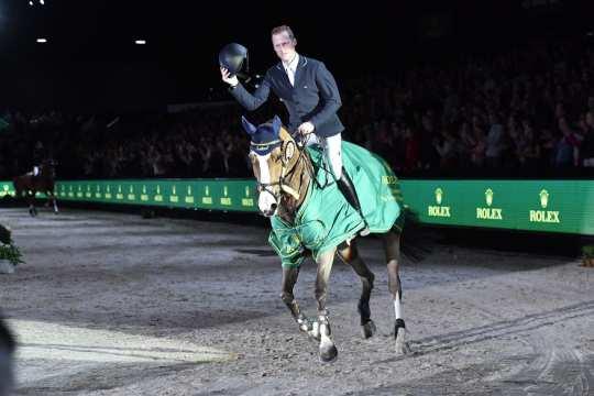Der Sieger im Rolex Grand Prix: Niels Bruynseels mit seiner Stute Gancia de Muze.